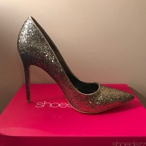 Gold Sparkle Pump, Never worn, Sz 11